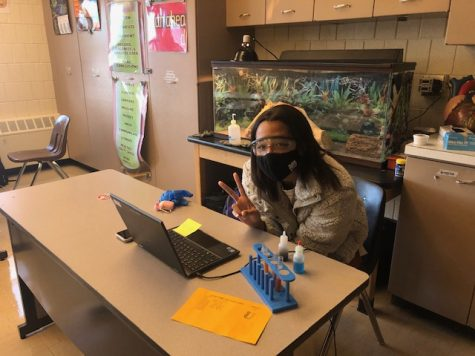 Since the return to blended learning, freshmen like Rachel Ogunleye have been able to participate in Biology labs.